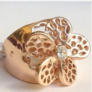 Jewelry - Rose Gold Daisy Flower Statement Ring Size 9